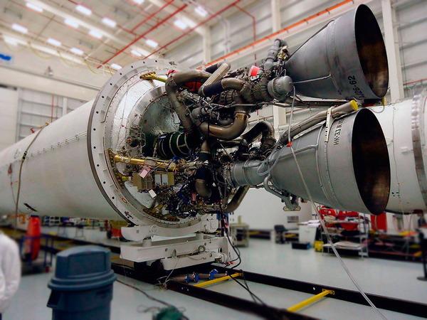 2基のNK-33エンジン