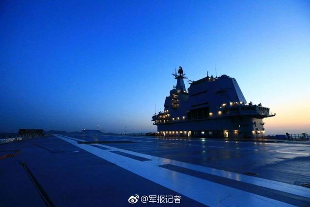 001A型空母試験航海_6