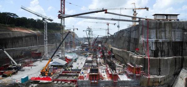 パナマ運河拡張工事