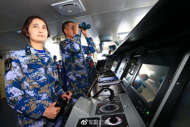 遼寧空母艦隊_8