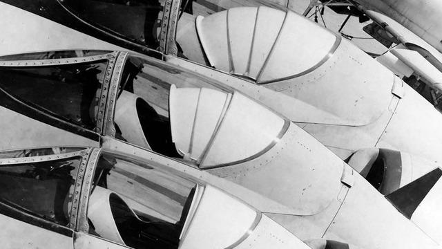 対核シールド 戦闘機_4