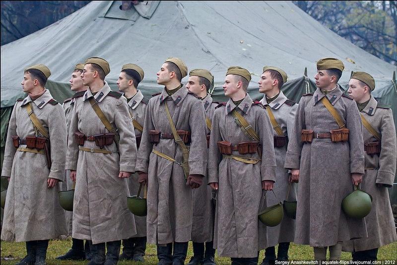 『キエフ奪還』第二次世界大戦をロールプレイする人達 ソ連兵編