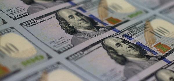 新100ドル紙幣