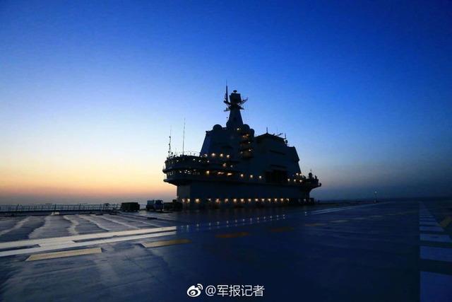 001A型空母試験航海_5