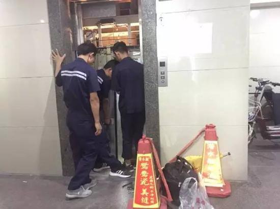 エレベーター爆発_3
