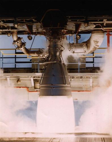 NK-33エンジンの燃焼試験