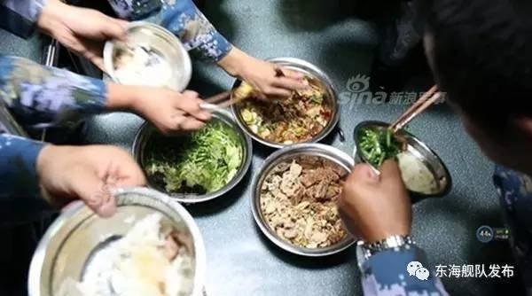 中国の潜水艦と食事_1