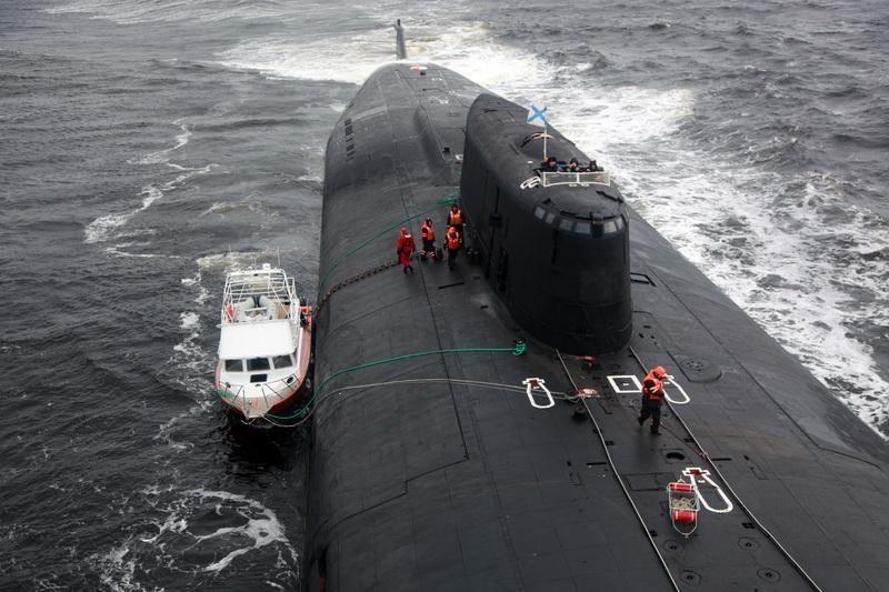 ロシア、原子力潜水艦が民間船を救助 : ZAPZAP!