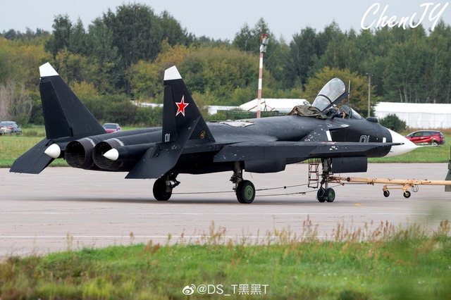 Su-47_3