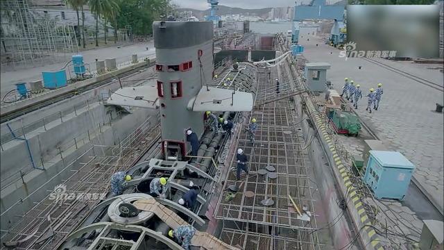 039型潜水艦_8