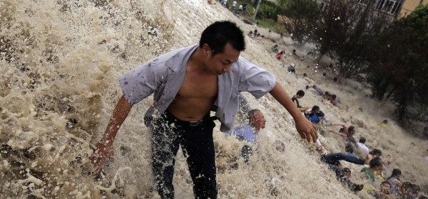 2013年銭塘江大逆流