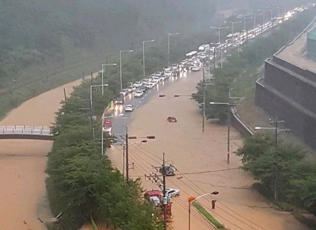 釜山の大雨_3