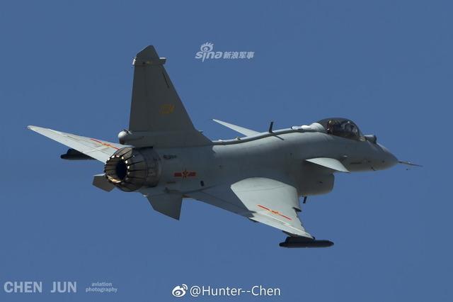 J-10 推力偏向ノズル_6
