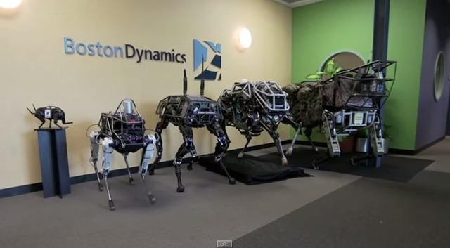 ボストン・ダイナミクスの4足組ロボット