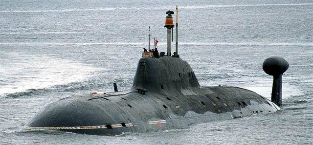 アクラ型原子力潜水艦