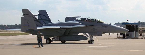 改良型FA-18_2