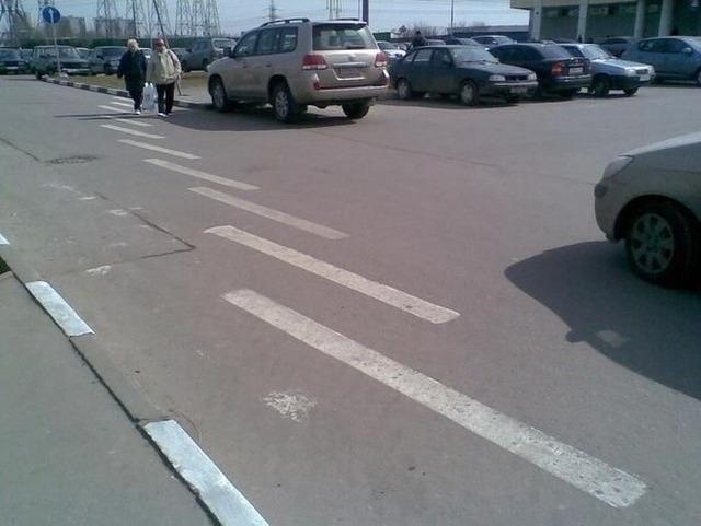 ロシアの横断歩道_8