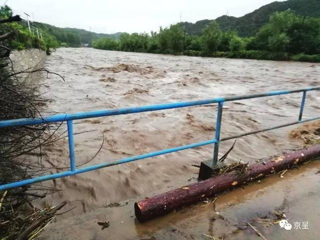北京大雨_9