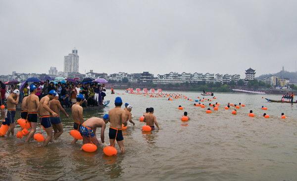 蘭江で泳ぐ_1