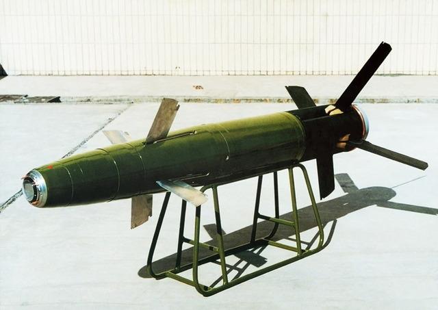 GP-1 155mmレーザー誘導砲弾_3