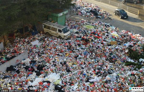 ゴミで溢れる深セン市_2