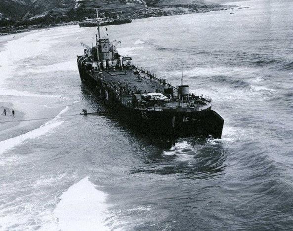 揚陸艦「文山」