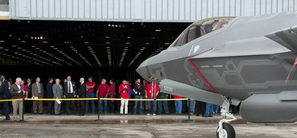 F-35 100機目