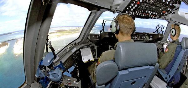 輸送機パイロット