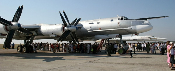 Tu-95_12