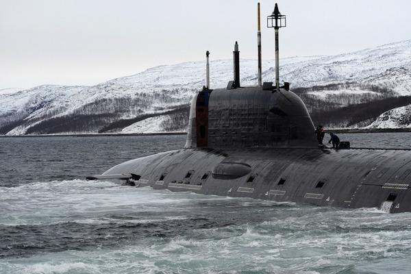 ヤーセン型原子力潜水艦の脱出ポッド_1