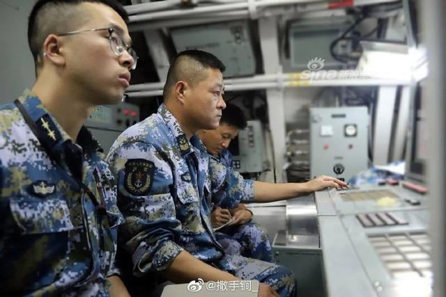 039型潜水艦_5