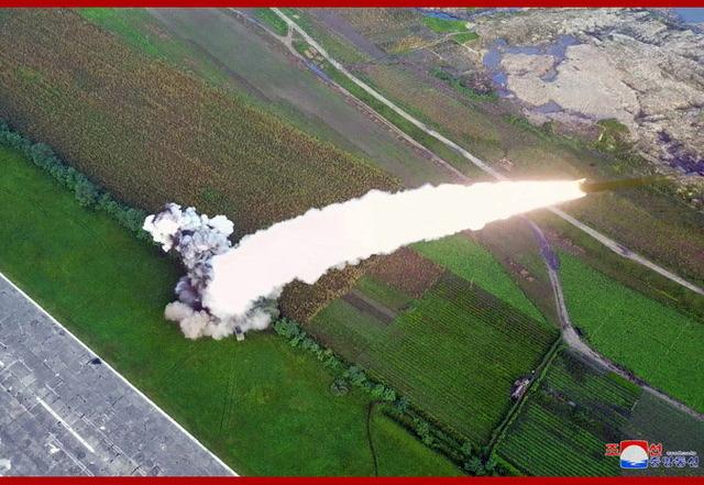 超大型ロケット砲_7