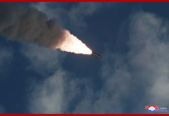 超大型ロケット砲_8