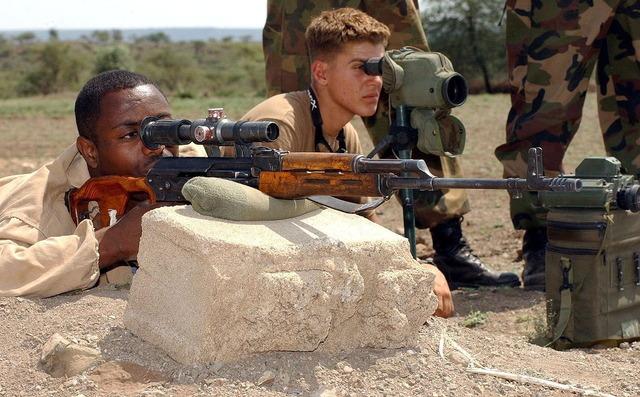 狙撃手と観測手