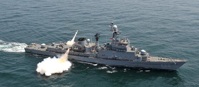 蔚山級フリゲート艦_1