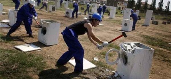 洗濯機破壊