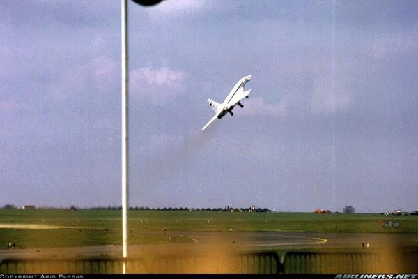 Tu-144_0