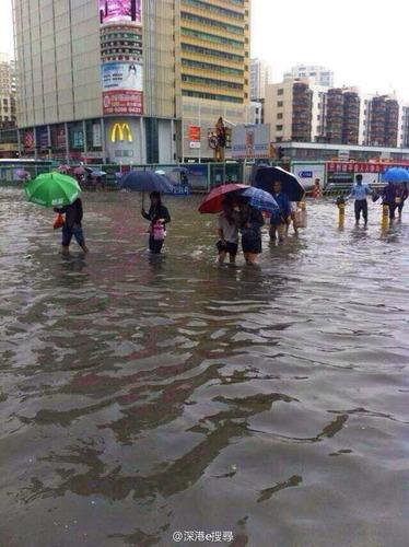 深セン市豪雨_7