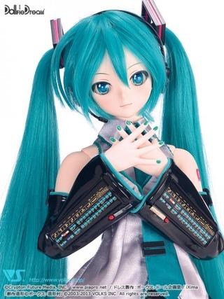 miku-doll-dollfie-dream-4-468x624