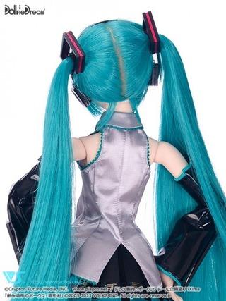 miku-doll-dollfie-dream-5-468x624