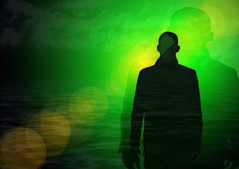 人生を変えた人は誰のアドバイスに頼らず、自分の直感力を信じていた