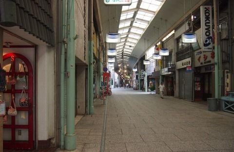 20代無職の悲鳴「地元には仕事がないし、東京に引っ越す金もない・・・」