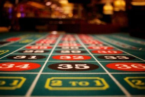 日本人「投資は悪だ100%ギャンブルだ全部貯金しろ」 そりゃ衰退するわ