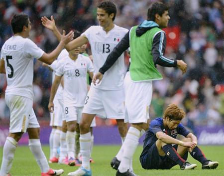大津 サッカー男子準決勝でメキシコに敗れる