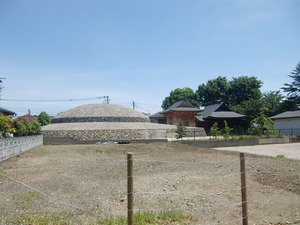 古墳全景(西側)