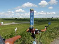 海から100kmの標識