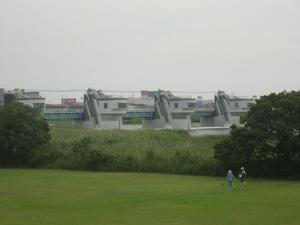 江戸川河口堰