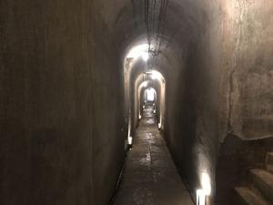 16洞窟観音通路1