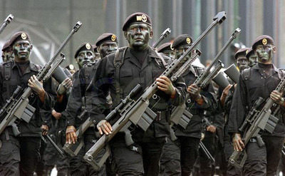 http://lumq.com/wp-content/gallery/mexicanarmyspecialforces/mexican%20army%20special%20forces-05.jpg