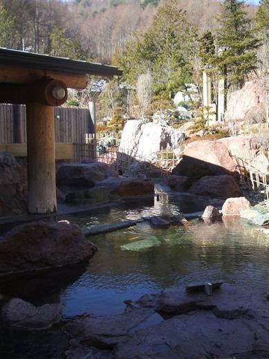 浅春の十福の湯露天風呂
